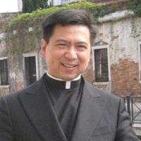 譚傑志神父